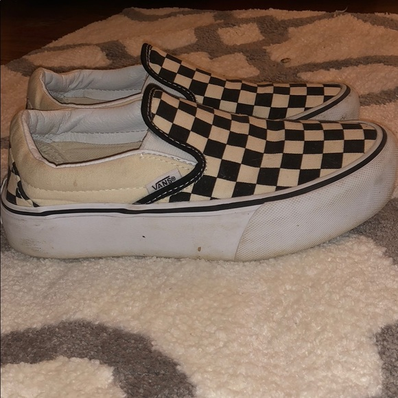 checkerboard vans thick sole